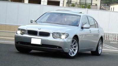 BMW760i